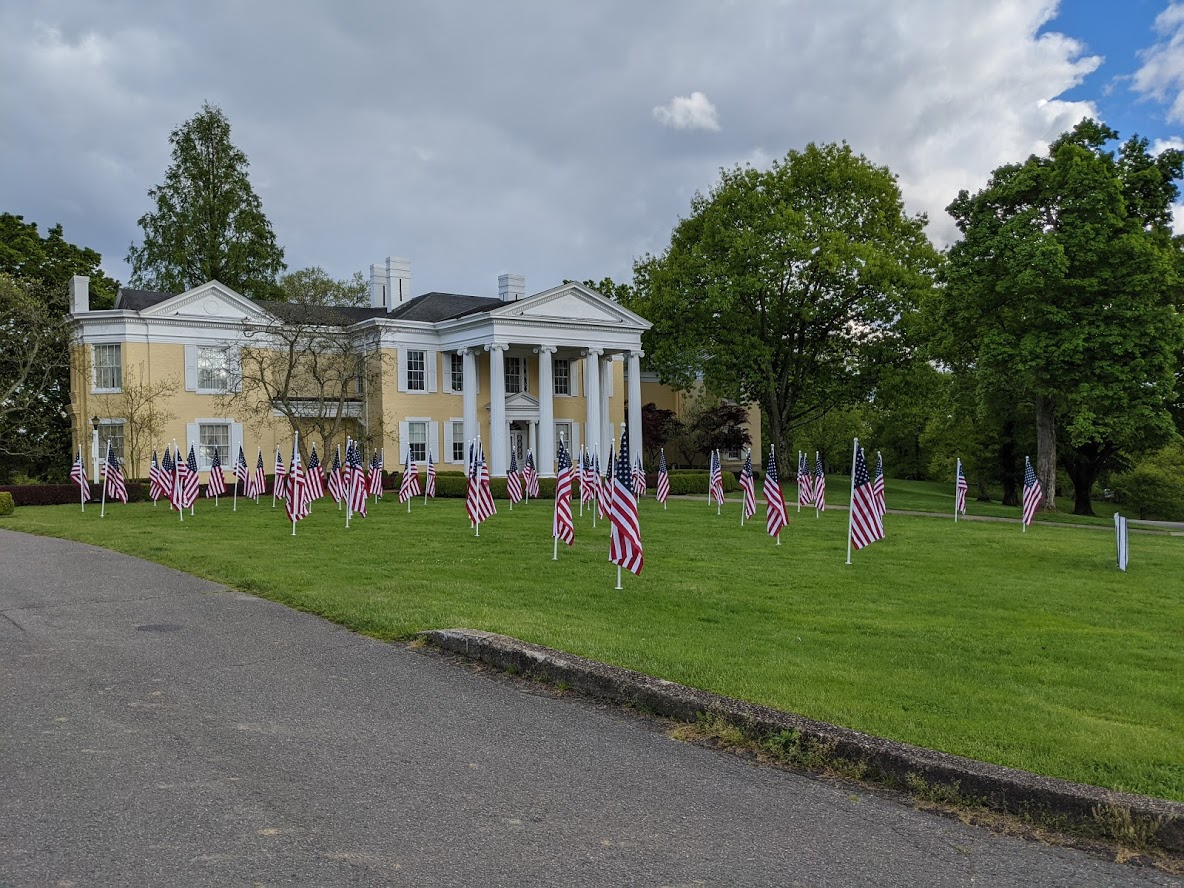 flags-mansion-memorial-day-2020